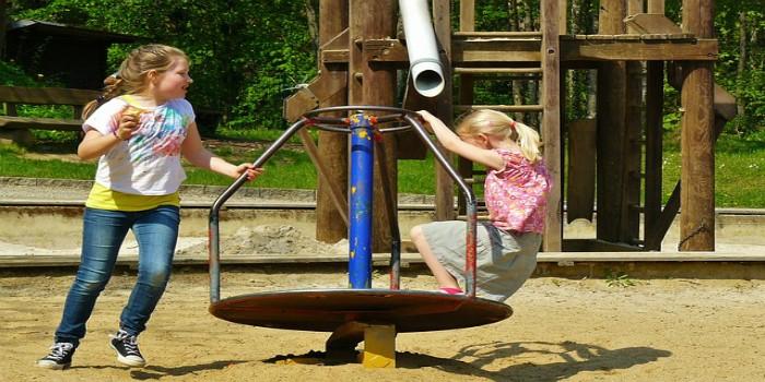 Igraj se i smej spontano